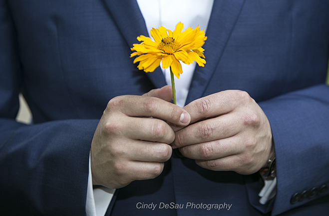 This Groom Clutched a Yellow Flower: Jaclyn and John in New Hope