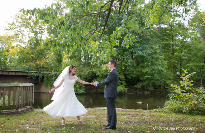 Summer Wedding at the Centre Bridge Inn